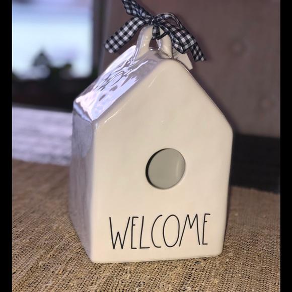 Rae Dunn WELCOME bird house 🐥
